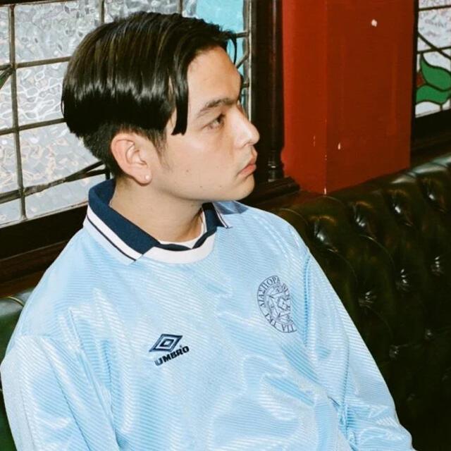 UMBRO(アンブロ)のdiaspora skateboards × umbro ゲームシャツ メンズのトップス(Tシャツ/カットソー(七分/長袖))の商品写真