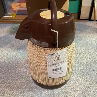 タイガー(TIGER)の値下げ❣️タイガー 籐エアーポット PNJ-2200 籐ポット  魔法瓶 (調理道具/製菓道具)