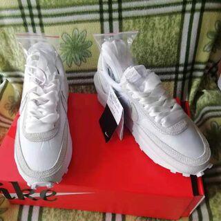 24.0cm Nike x sacai LDV Waffle ホワイト(スニーカー)