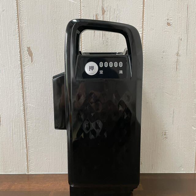 Panasonic(パナソニック)のNKY576B02A パナソニック 電動自転車 バッテリー スポーツ/アウトドアの自転車(パーツ)の商品写真