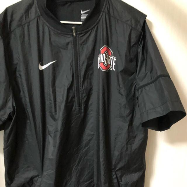 NIKE(ナイキ)のNIKE ハーフジップ 半袖 L メンズのジャケット/アウター(ナイロンジャケット)の商品写真