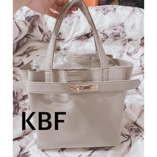 KBF - 未使用 KBF ハンドバッグ ショルダーバッグ グレージュ