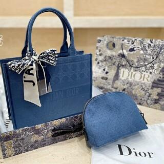 クリスチャンディオール(Christian Dior)の 人気SALE CHRISTIAN DIORトートバッグ(ブースター/導入液)