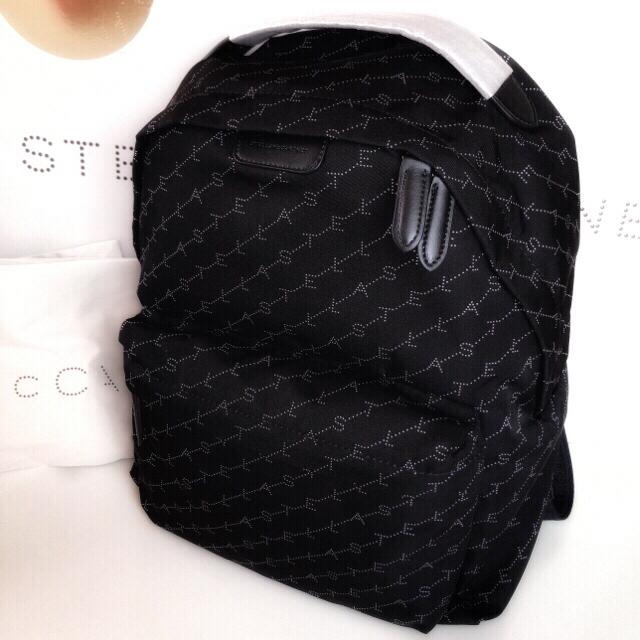 Stella McCartney(ステラマッカートニー)のSTELLA MCCARTNEY ステラマッカートニー モノグラム バックパック レディースのバッグ(リュック/バックパック)の商品写真