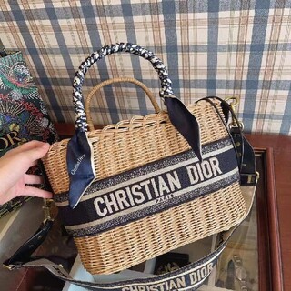 dior手提げかばん編物の包み