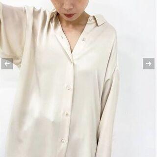 プラージュ(Plage)の美品 プラージュ satin シャツ(シャツ/ブラウス(長袖/七分))