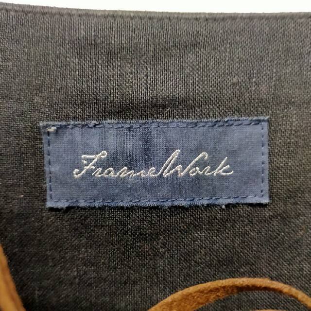 FRAMeWORK(フレームワーク)のFRAMeWORKリネンレースアップブラウス レディースのトップス(シャツ/ブラウス(長袖/七分))の商品写真