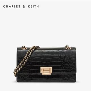 チャールズアンドキース(Charles and Keith)のCharles & keith ショルダーバッグ(ショルダーバッグ)