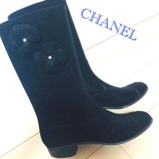 シャネル(CHANEL)のシャネル レインブーツ カメリア 正規品 ベロア(レインブーツ/長靴)