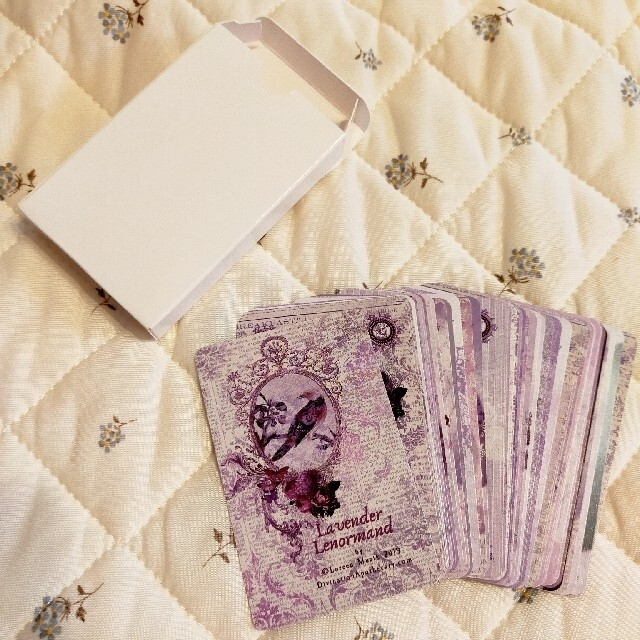 ラベンダー ルノルマンカード タロットカード 占い オラクルカード エンタメ/ホビーのアニメグッズ(カード)の商品写真