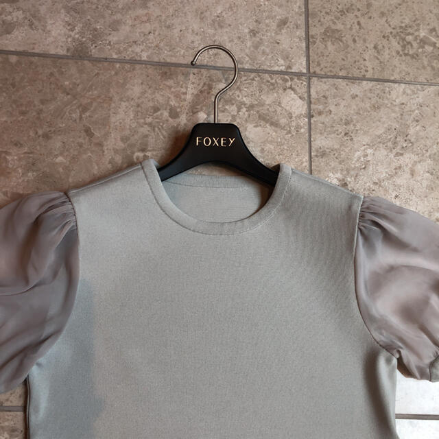 FOXEY(フォクシー)の超美品♡フォクシー パフ袖 トップス 38 レディースのトップス(カットソー(半袖/袖なし))の商品写真