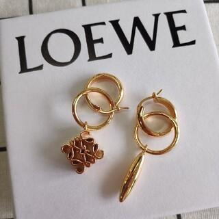 LOEWE - 素敵★LOEWEロエベ  ピアス レディース 刻印ロゴ