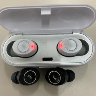オームデンキ(オーム電機)の完全ワイヤレスイヤホン HP-W500N-W (ヘッドフォン/イヤフォン)