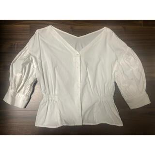 natural couture - ナチュラルクチュール ボリューム袖 ブラウス 白 パフスリーブ