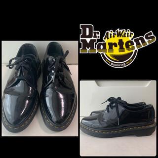 ドクターマーチン(Dr.Martens)のドクターマーチン ブラックエナメル 3ホール ローファー(ローファー/革靴)