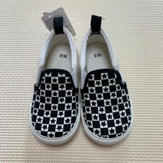 ニシマツヤ(西松屋)の子供靴 スリッポン 16㎝ 新品 未使用 モノクロ 星柄(スリッポン)