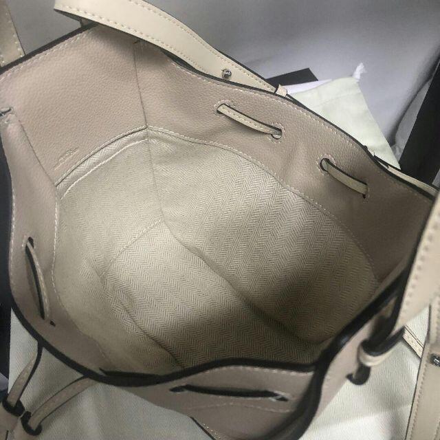 LOEWE(ロエベ)のハンモックミニサイズ ショルダーバッグ レディースのバッグ(ショルダーバッグ)の商品写真