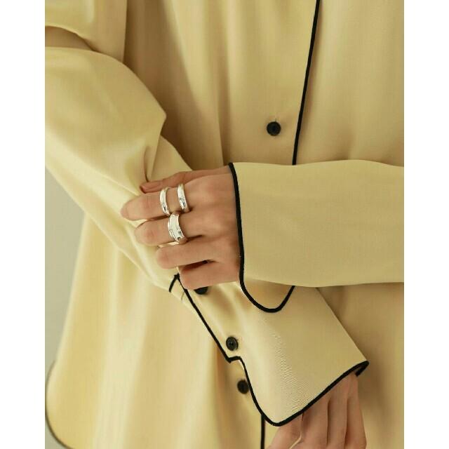 TODAYFUL(トゥデイフル)の【新品】TODAYFUL CenterVolumeRing シルバーリング 指輪 レディースのアクセサリー(リング(指輪))の商品写真