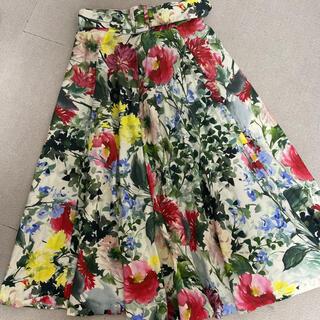 ザラ(ZARA)のZARA 花柄スカート(ひざ丈スカート)