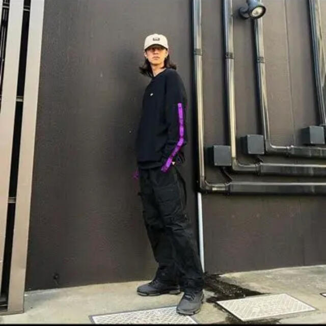 MIHARAYASUHIRO(ミハラヤスヒロ)のMYne 18aw ビッグシルエットテープ プルオーバースウェット ボックスロゴ メンズのトップス(スウェット)の商品写真