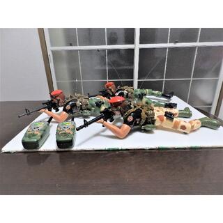 ラジコン コンバット ファイアーと叫び銃口が光りながら 兵士3名の迫力(その他)