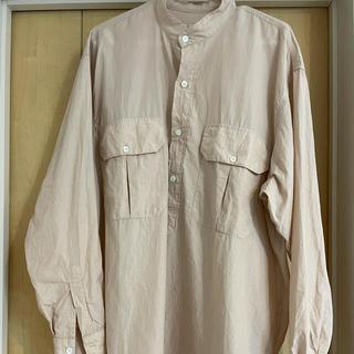 COMOLI - comoliプルオーバーカーゴシャツ