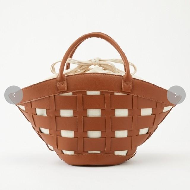 MUMU ブラウン 扇型編み込みバッグ しまむら レディースのバッグ(ハンドバッグ)の商品写真