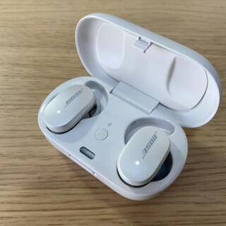 BOSE - 最新 BOSE フルワイヤレスイヤホン Bluetooth ノイズキャンセラー