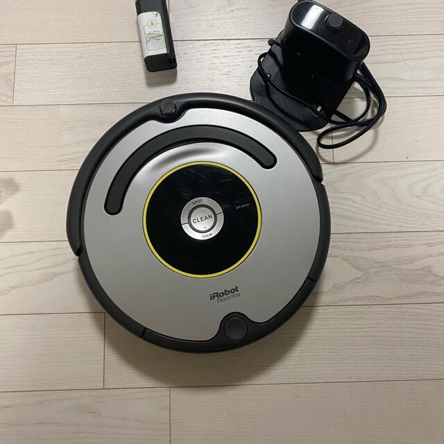 iRobot(アイロボット)の【国内正規品】 ロボット掃除機 「ルンバ」 631 スマホ/家電/カメラの生活家電(掃除機)の商品写真