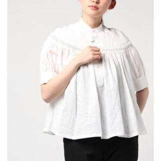 サイ(Scye)のサイscyeリネンタックブラウス半袖白サイズ36(シャツ/ブラウス(半袖/袖なし))