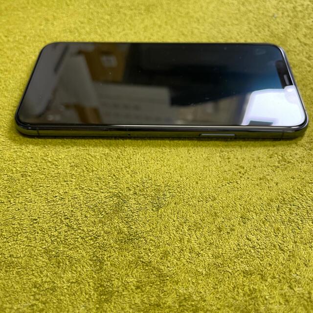 iPhone(アイフォーン)の『即日発送』即購入可 iPhone 11 Pro(64GBミッドナイトグリーン) スマホ/家電/カメラのスマートフォン/携帯電話(スマートフォン本体)の商品写真