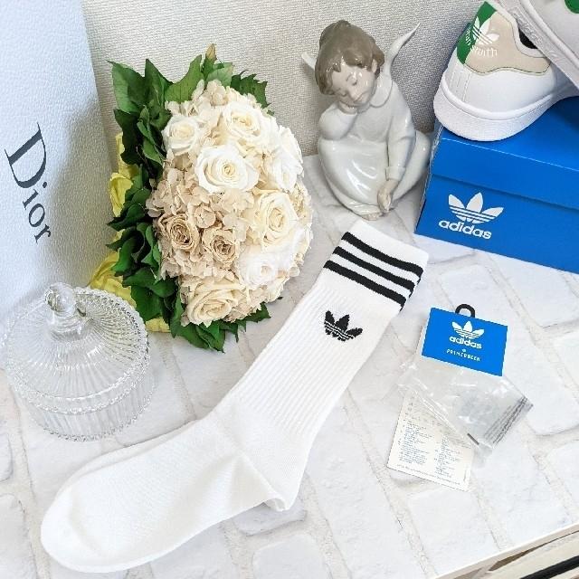 adidas(アディダス)のBLACK PINK·JENNIE着用 adidas originalsソックス レディースのレッグウェア(ソックス)の商品写真