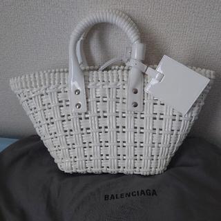 バレンシアガ(Balenciaga)の限定値下げ!BALENCIAGA BISTRO カゴバッグ 2way 白 XS(かごバッグ/ストローバッグ)