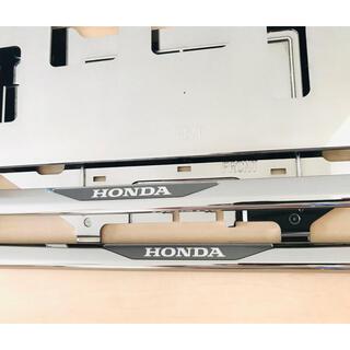 ホンダ(ホンダ)のホンダ 純正 新型 ナンバーフレーム 2枚セット 美品 HONDA 前後(車外アクセサリ)