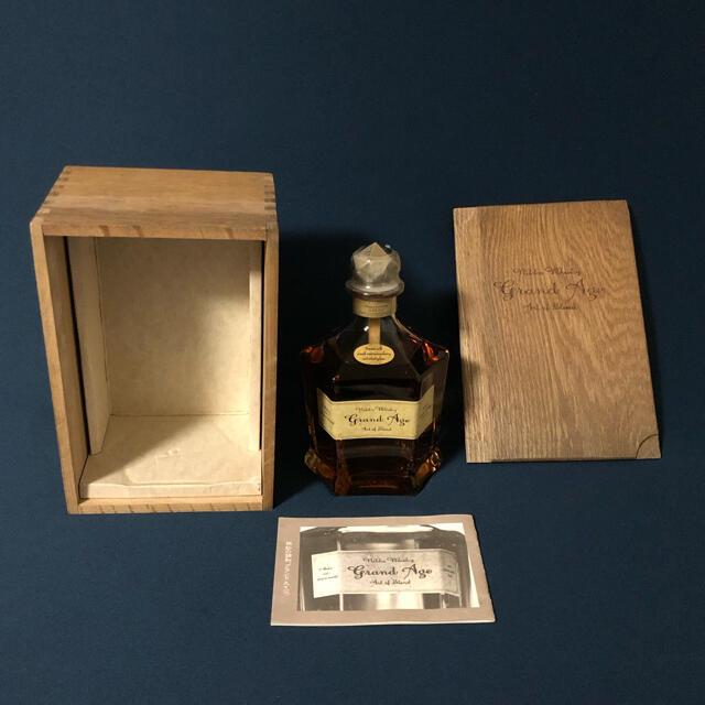 ニッカウヰスキー(ニッカウイスキー)のニッカ グランド エイジ  食品/飲料/酒の酒(ウイスキー)の商品写真