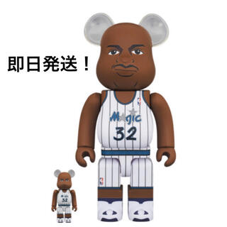 MEDICOM TOY - BE@RBRICK Shaquille O'Neal 100% & 400%