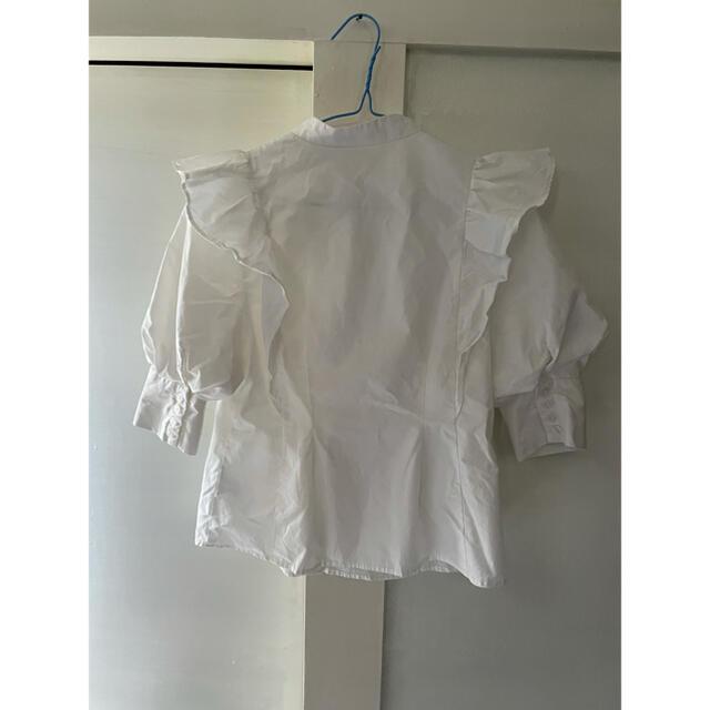 snidel(スナイデル)のスナイデル フリルスタンドカラーブラウス ホワイト レディースのトップス(シャツ/ブラウス(長袖/七分))の商品写真