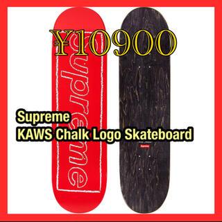 シュプリーム(Supreme)のSupreme  KAWS Chalk Logo Skateboard (スケートボード)