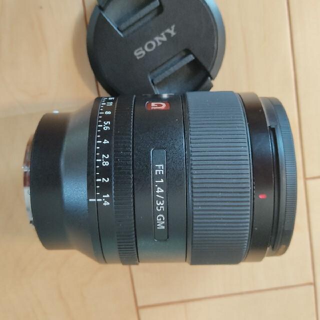 SONY(ソニー)の極美品 FE 35mm F1.4 GM SEL35F14GM スマホ/家電/カメラのカメラ(レンズ(単焦点))の商品写真