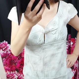 クミキョク(kumikyoku(組曲))の花柄トップス 清楚系・カジュアル系ずきに(カットソー(半袖/袖なし))