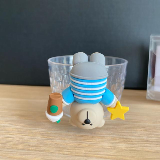 Starbucks Coffee(スターバックスコーヒー)の激レア!完売品!シンガポール限定 ベアリスタ カップクリップ コップのフチ子風 エンタメ/ホビーのおもちゃ/ぬいぐるみ(キャラクターグッズ)の商品写真