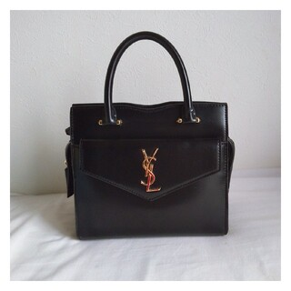 Saint Laurent - 美品☆YSLのハンドバッグ