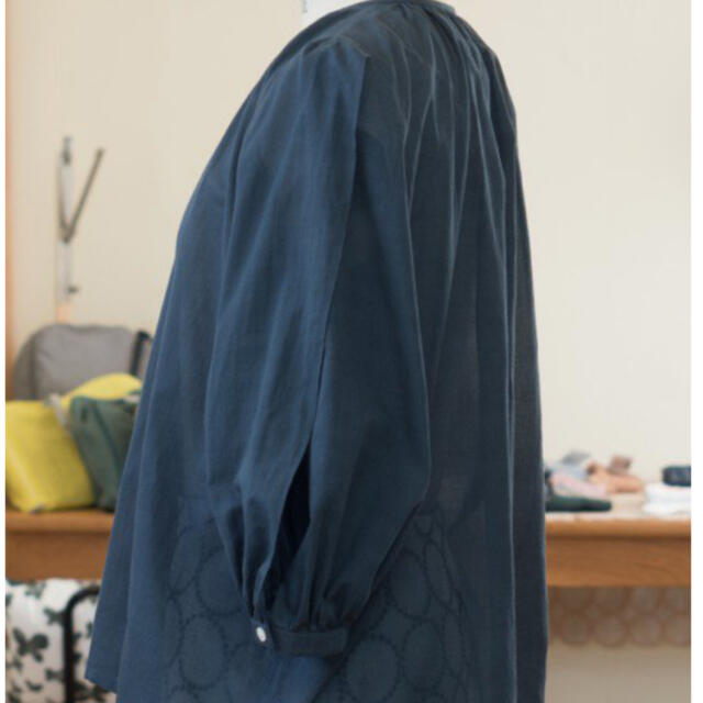 mina perhonen(ミナペルホネン)のミナペルホネン ブラウス suu 新品未使用 レディースのトップス(シャツ/ブラウス(長袖/七分))の商品写真
