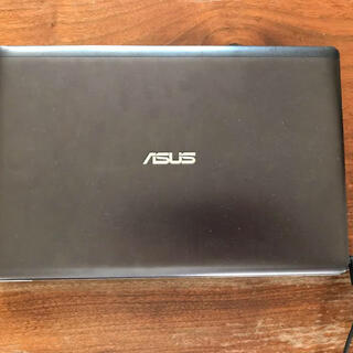 ASUS - ノートパソコンASUS X202E
