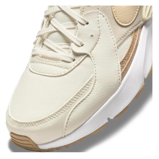 NIKE(ナイキ)のナイキ  エアマックスエクシーコルク/ホワイト DJ1975-100 23cm レディースの靴/シューズ(スニーカー)の商品写真