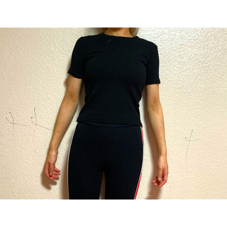 GYDA - 半袖 黒T 🖤BOBBI JAY