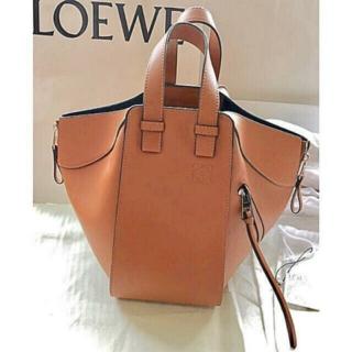 LOEWE - LOEWEロエベ 美品ハンモック スモール ライトキャラメルハンドバッグ