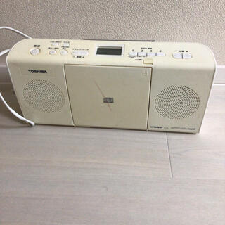 トウシバ(東芝)のCDラジオデッキ(ポータブルプレーヤー)