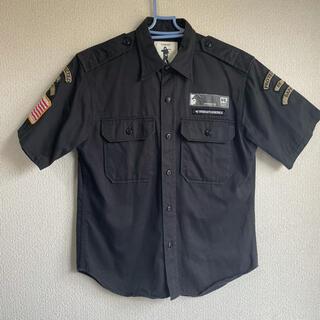 アベイシングエイプ(A BATHING APE)の激レア APE エイプ ボーイスカウトシャツ ワッペン Mサイズ ブラック(シャツ)