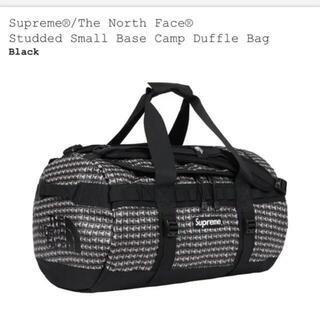 シュプリーム(Supreme)のSupreme  North Face Studded S Duffle(ボストンバッグ)